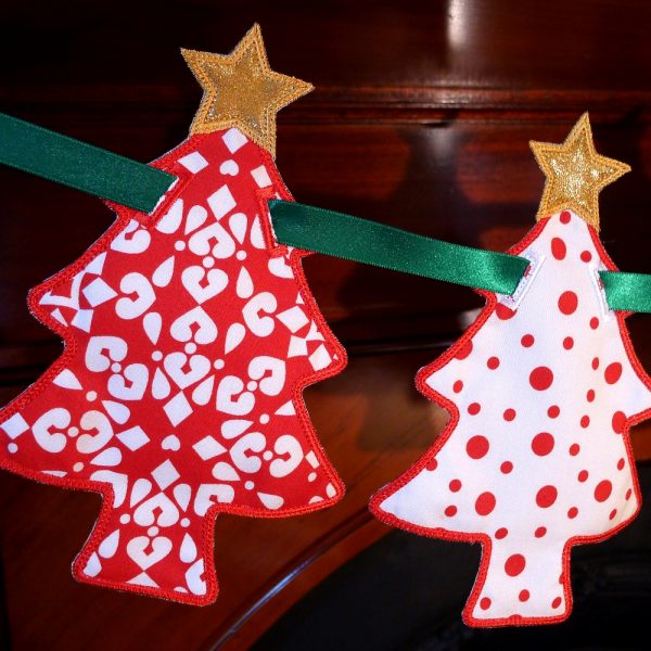 Christmas Tree Banner ITH Project