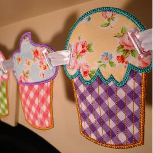 Cupcake Banner In The Hoop Project