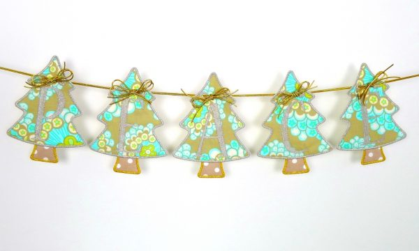 Holiday Tree Banner ITH Project by Big Dreams Embroidery